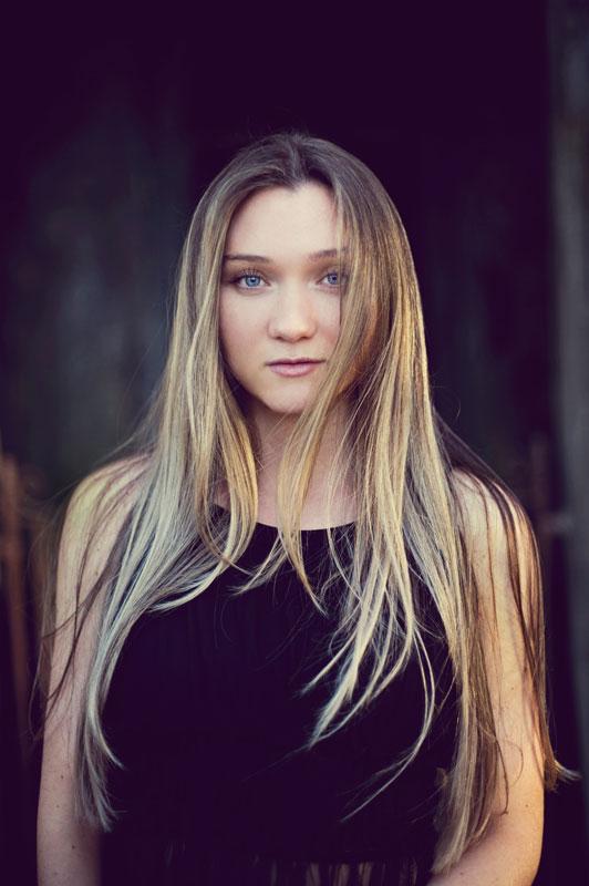 Tammy Hughes Studio Portrait Photographer